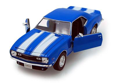 Chevrolet 1968 Camaro Z28 Blue with White stripes